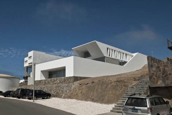 Imagen de Plano de casa con entrada principal en la terraza Lima Perú (6)