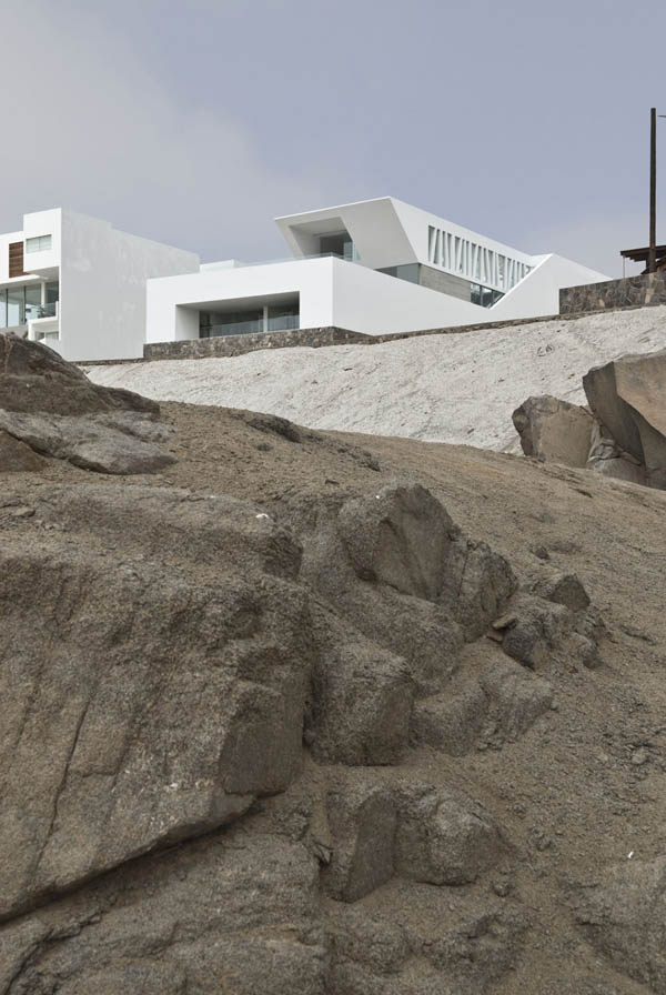 Imagen de Plano de casa con entrada principal en la terraza Lima Perú (5)
