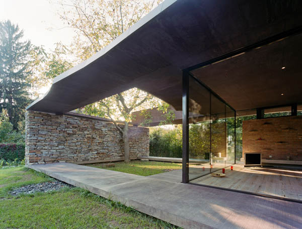 Anexamiento de estructura moderna a casa común planos incluidos (10)