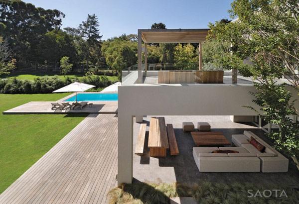 Grandioso diseño arquitectónico en Sudafrica con detalles selváticos (16)