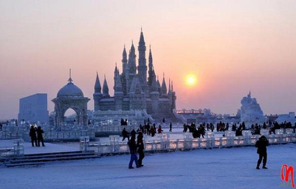 Arquitectura hecha de hielo en china (3)