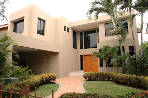 diseos construidos de fachadas de casas de dos plantas