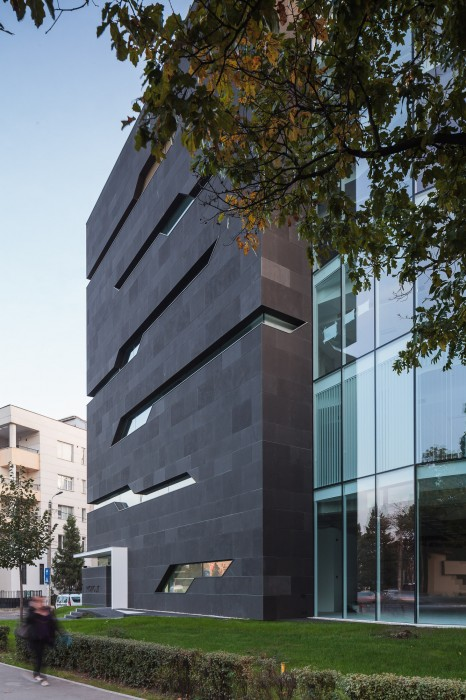 Planos de edificio de oficinas por arquitectos igloo