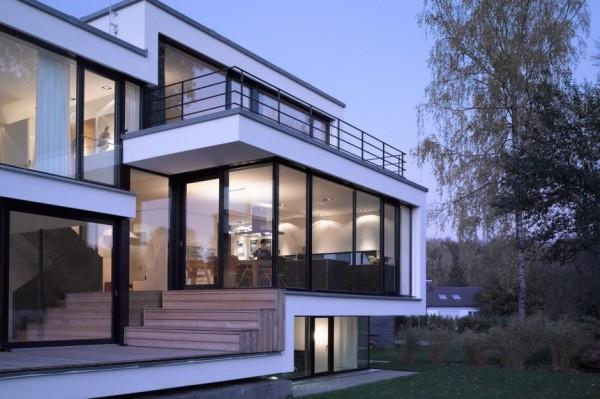 Elegancia alemana casa minimalista en la colina Aalen