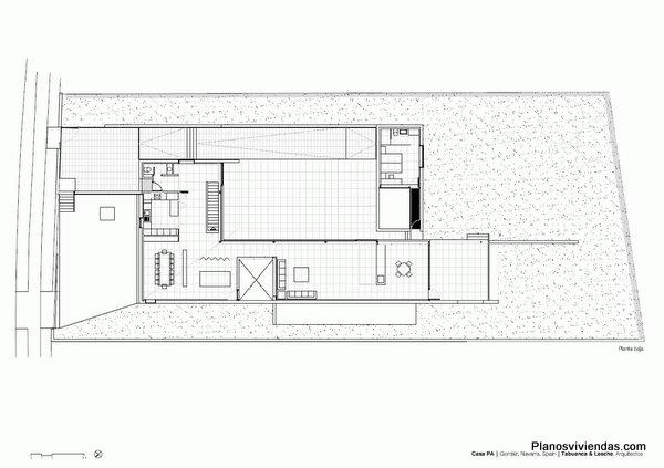 TABUENCA & LEACHE - Terreno desnivelado rescatado - La casa PA