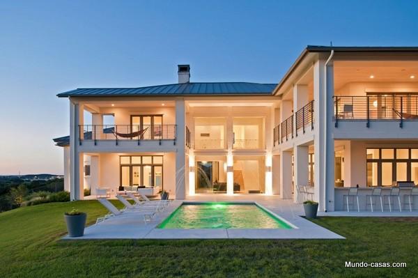 La casa de los robles españoles