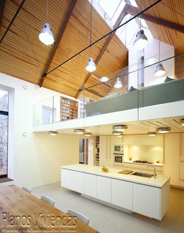 Mezzanine moderno en ambiente de ático  (17)