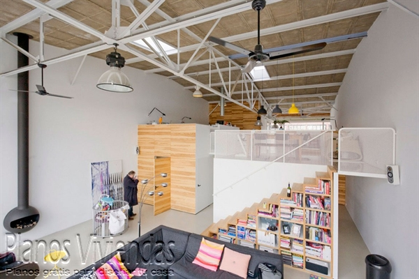 Mezzanine moderno en ambiente niñas teen e industrial  (25)