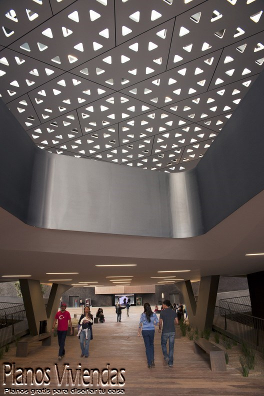 Cineteca Nacional siglo 21 por Rojkind Arquitectos en México (7)