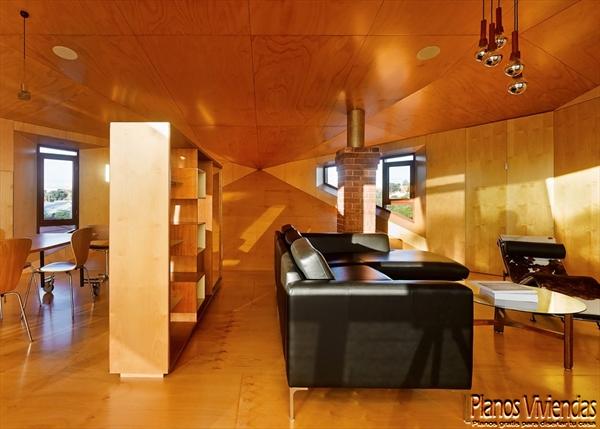 Interiores de la sala y cocina en la Casa 31_4 Room House (1)