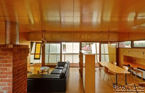 Interiores de la sala y cocina en la Casa 31_4 Room House (2)