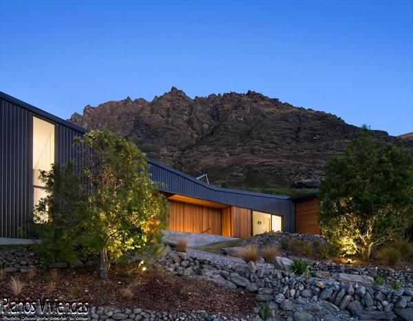 Bellos paisajes y modernidad en casa construida por los mismos habitantes