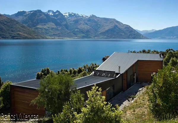 Bellos paisajes y modernidad en casa construida por los mismos habitantes (2)