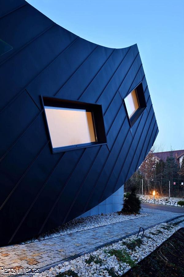 La casa Domo-Dom de Lemanski arquitectos un inolvidable y curioso diseño (2)