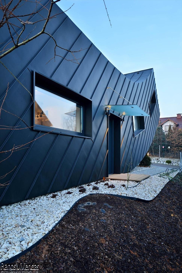 La casa Domo-Dom de Lemanski arquitectos un inolvidable y curioso diseño (4)