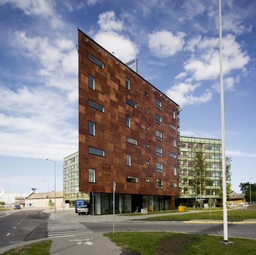Edificios con fachadas hechas de madera (5)