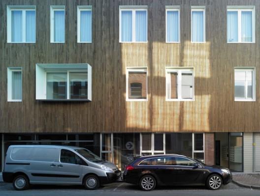 Edificios con fachadas hechas de madera (6)
