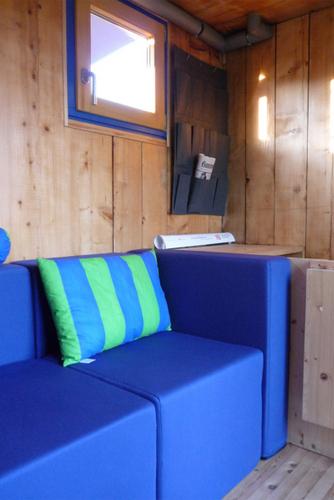 Planos de casa en madera con tres pisos para una persona (10)