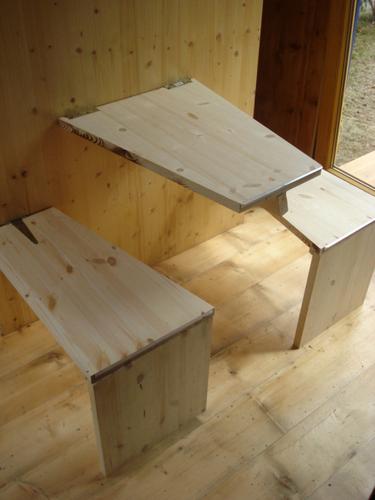 Planos de casa en madera con tres pisos para una persona (13)