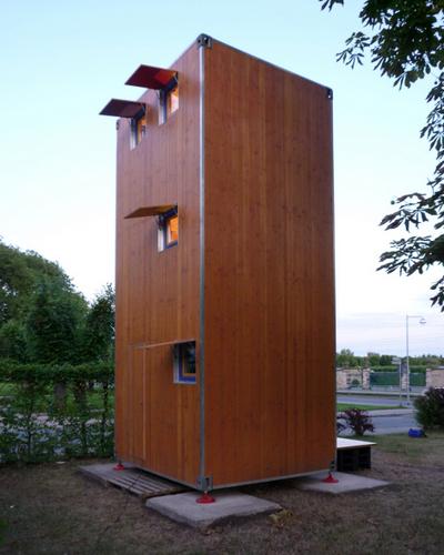 Planos de casa en madera con tres pisos para una persona (3)