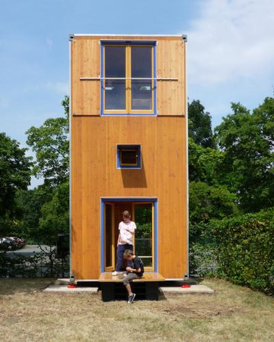 Planos de casa en madera con tres pisos para una persona (4)