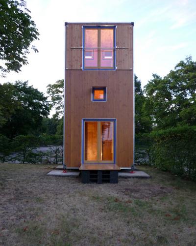 Planos de casa en madera con tres pisos para una persona  (5)