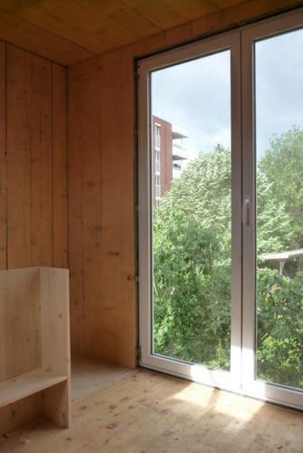 Planos de casa en madera con tres pisos para una persona (8)