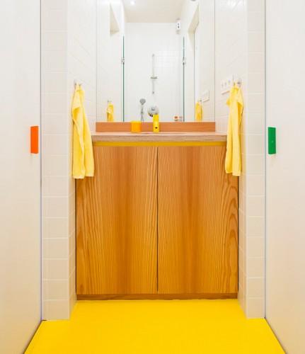 Rediseño ingenioso de habitaciones y restaurauración completa de apartamento  (9)