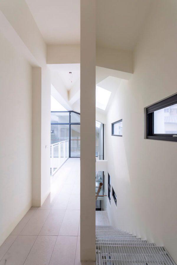 Edificio-inspirado-en-la-naturaleza-a-través-de-una-casa-de-piedras-en-la-ciudad-de-Changua,-Taiwán-02