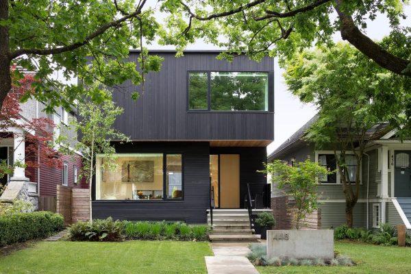 Contraste-en-el-juego-de-los-colores-de-una-residencia-contemporánea-en-Vancouver-04