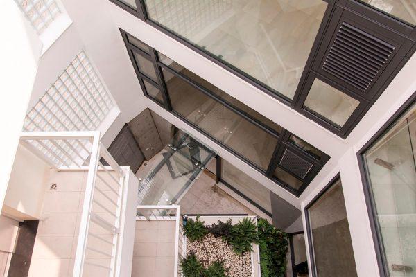Edificio-inspirado-en-la-naturaleza-a-través-de-una-casa-de-piedras-en-la-ciudad-de-Changua,-Taiwán-09
