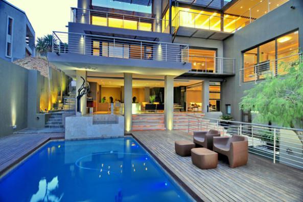 Una piscina dentro