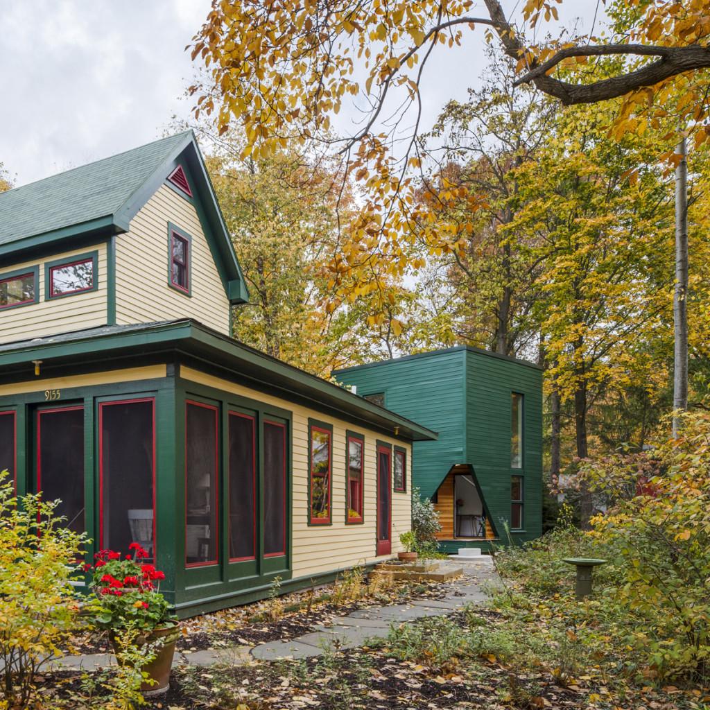 Encantador estudio ideal para un escritor que funciona como casa de descanso en Lakeside, Michigan