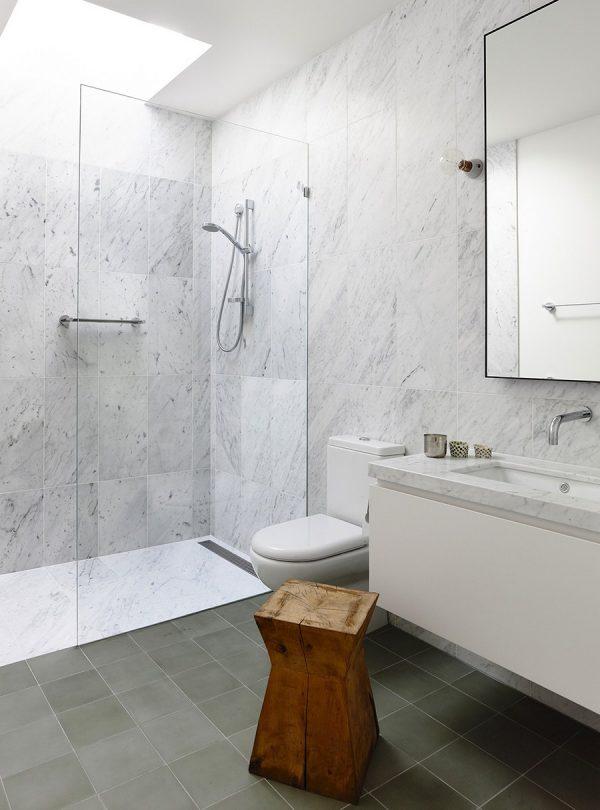 Baño decoroso y lujoso