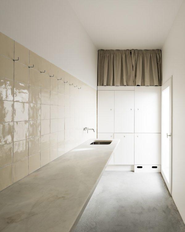 Un baño muy sencillo pero elegante
