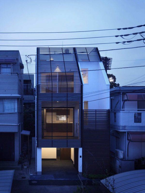 El techo con cubierta de vidrios