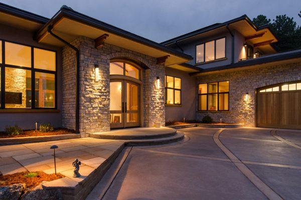 Diseño en madera y piedra